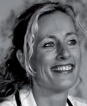 ELZE VERSTEEVE - Coach, ondernemer, moeder, schrijfster.